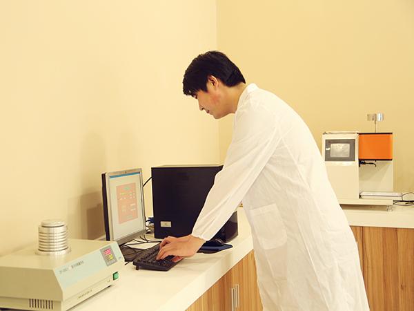 中塑实验室-4